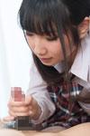手コキをする今村加奈子